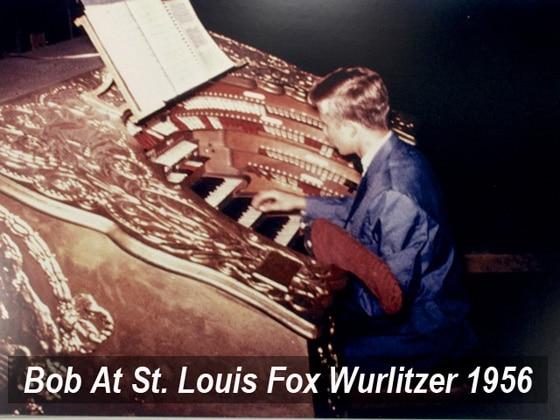 Bob-At-St-Louis-Fox-Wurlitzer